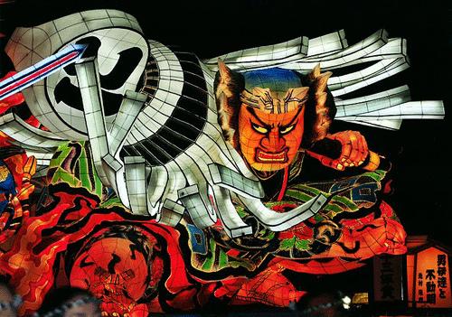 日本東北旅遊必見!青森的「佞武多」火祭典